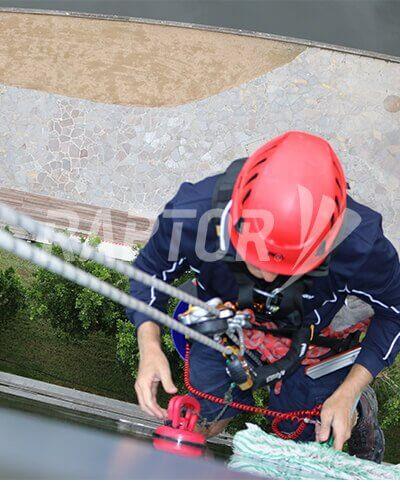 Rope access image featuring Raptor rigid rail by Sayfa